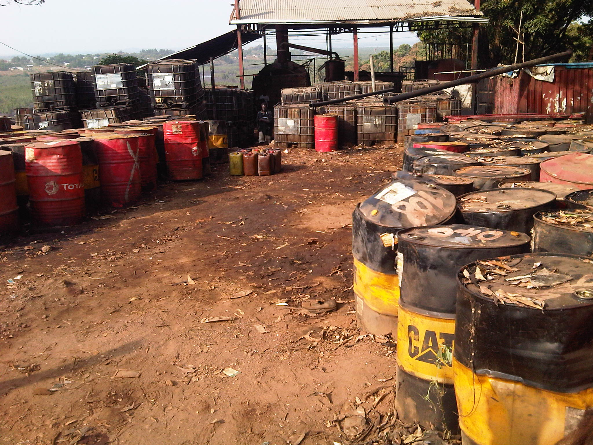 Unauthorised waste oil facility