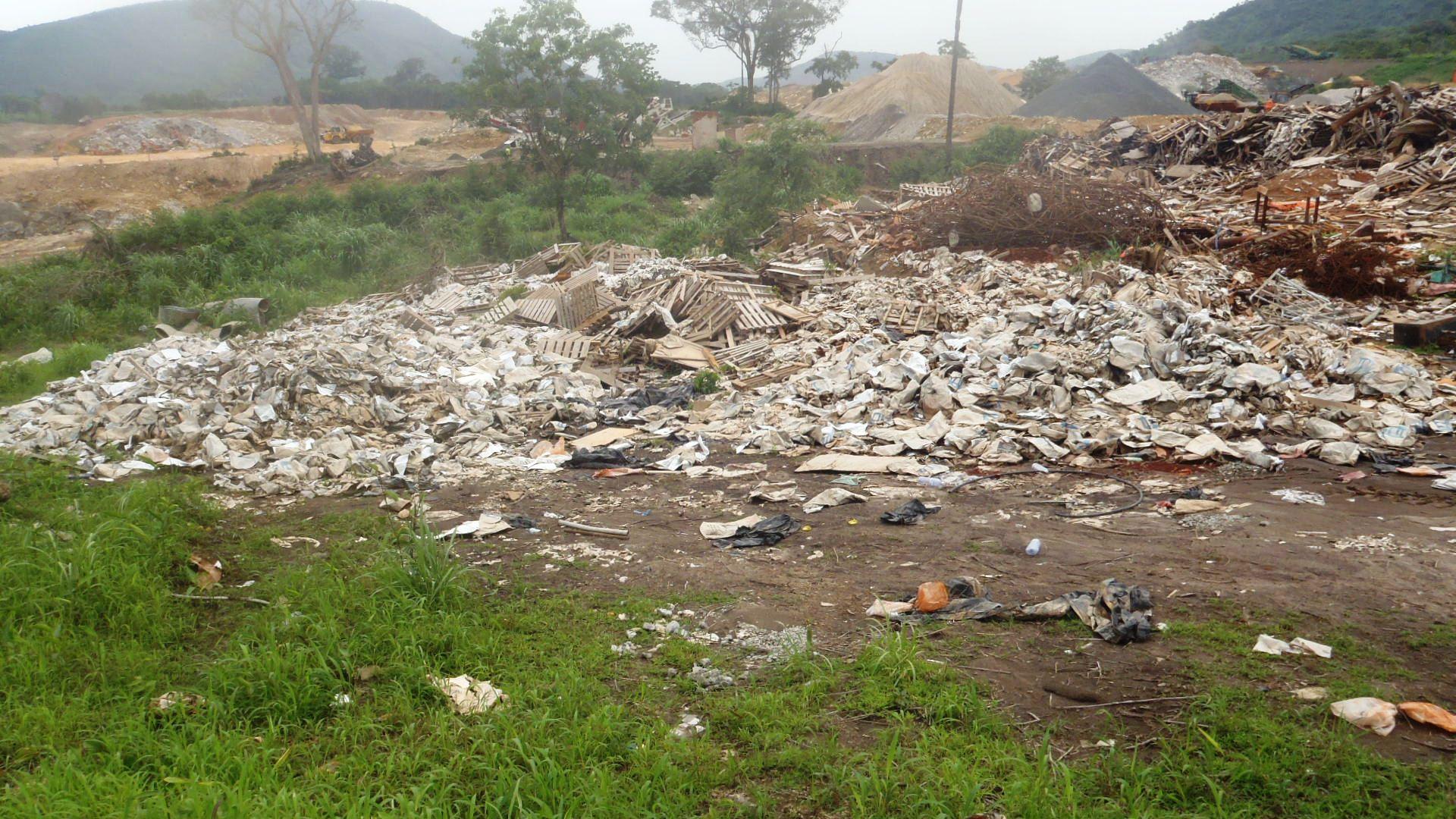Non-compliant waste at mine site